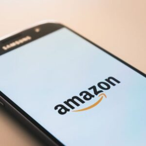 amazon seo 101 - samsung mobile phone with amazon logo
